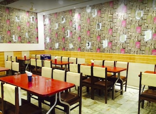 New Rahul Sweets And Restaurant