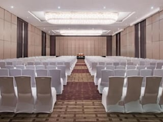 Crowne Plaza | Wedding Venues & Marriage Halls in Maradu, Kochi