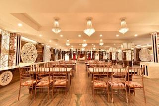 Oak Tree by Golden Plate | Wedding Hotels in Partapur, Meerut