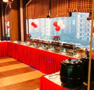 Sol Y Luna | Corporate Events & Cocktail Party Venue Hall in Sector 76, Noida