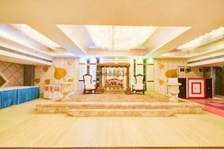 Hotel Mukut Regency | Terrace Banquets & Party Halls in Ghaziabad