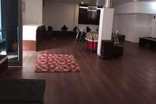Hotel Dolphin | Small Wedding Venues & Birthday Party Halls in Tilhari, Jabalpur