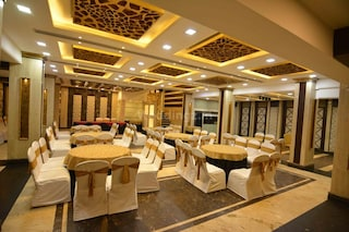 Hotel South Avenue | Corporate Events & Cocktail Party Venue Hall in South Tukoganj, Indore