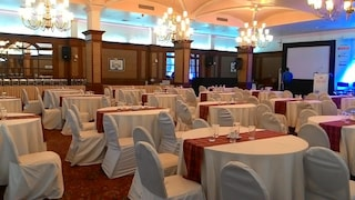 Abad Plaza | Marriage Halls in M G Road, Kochi