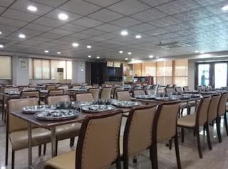 Sasumaa Gujarati Thali | Party Halls and Function Halls in Nanpura, Surat