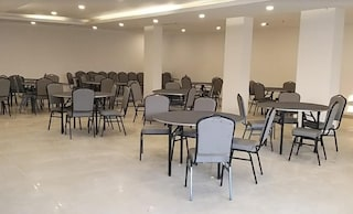 OYO Townhouse 291 Siddharth Vihar Ghaziabad   Wedding Hotels in Vijay Nagar, Ghaziabad