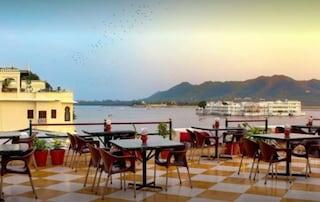 Hotel Devraj Niwas | Banquet & Function Halls in Jagdish Chowk, Udaipur