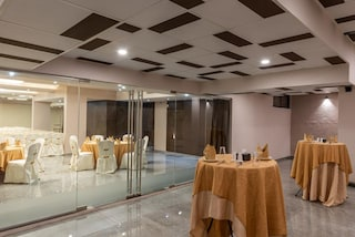 84 East Banquet Hall | Wedding Hotels in Moshi, Pune
