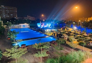 Emaar Club Beryl | Corporate Events & Cocktail Party Venue Hall in Sector 65, Gurugram