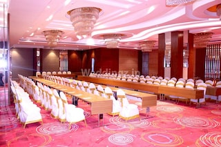 Regenta Central RS | Corporate Events & Cocktail Party Venue Hall in Old Mahabalipuram Road Omr, Chennai